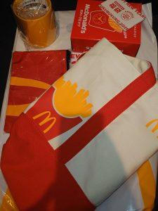 マクドナルドの2021-福袋1